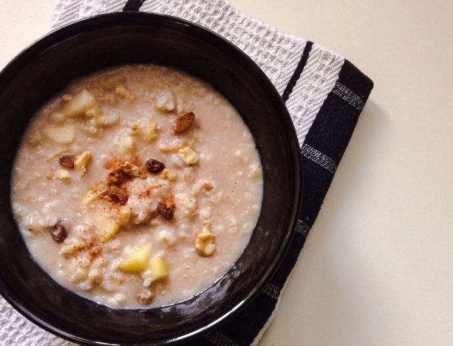 Apple Cinnamon Brown Rice Porridge
