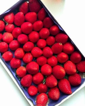 Fresh Whole Strawberries