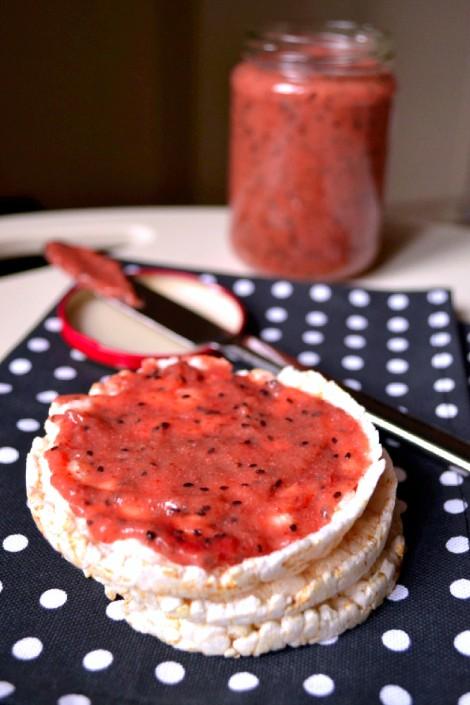 Strawberry Kiwi Chia Seed Jam (DSC_0975)