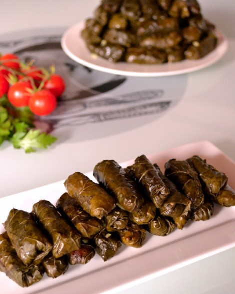 Lebanese Stuffed Grape Vine Leaves-Warak Arish (DSC_0298)