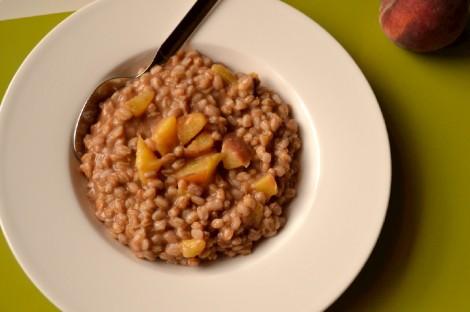 Peach Cinnamon Farro Porridge (DSC_1133)