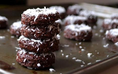 Mini Chocolate-Coconut Donuts(DSC_0602)-2