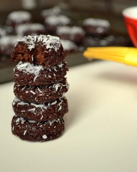 Mini Chocolate-Coconut Donuts(DSC_0607)
