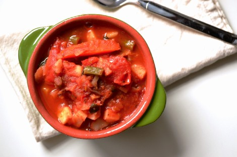 Hearty Tomato Vegetable Stew (DSC_1120)