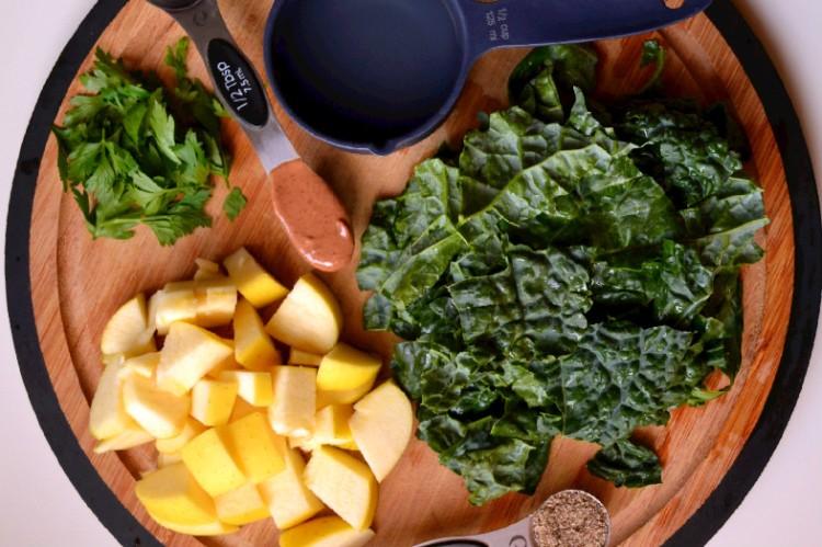 Kale Apple Smoothie (DSC_1027)