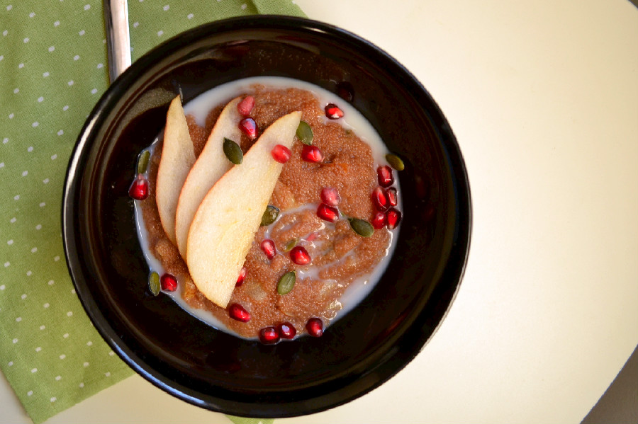 Spiced Pear Amaranth Porridge | Harmony à la Carte