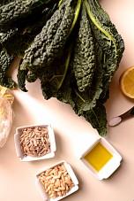 Tangy Tuscan Kale Pesto (DSC_0035)