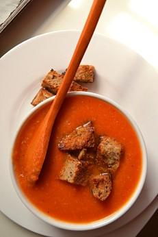 Creamy Tomato & Cannellini Soup (DSC_1000)