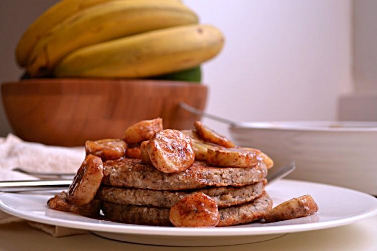 Banana Coconut Oatmeal Pancakes w Caramelized Bananas (DSC_0008)