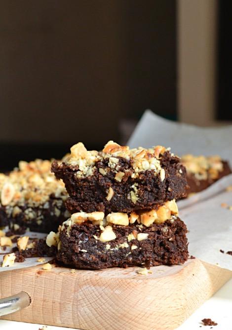 Hemp Hazelnut Brownies (DSC_0300)