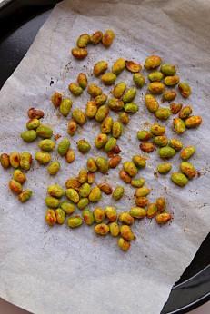 Leeks, Peas & Mache Soup (DSC_1245)