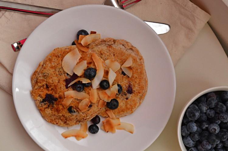Lemon Blueberry Coconut Pancakes (DSC_0348)