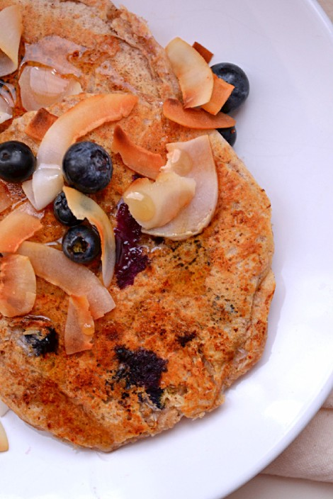 Lemon Blueberry Coconut Pancakes (DSC_0352)