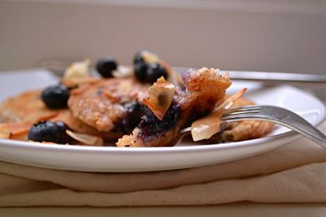Lemon Blueberry Coconut Pancakes (DSC_0358)