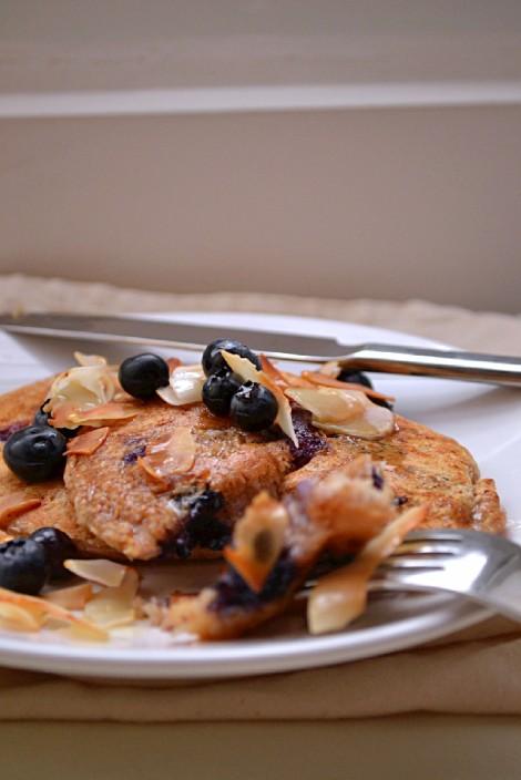 Lemon Blueberry Coconut Pancakes (DSC_0360)