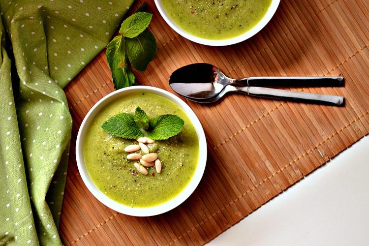 Zucchini & Mint Soup (DSC_0580)