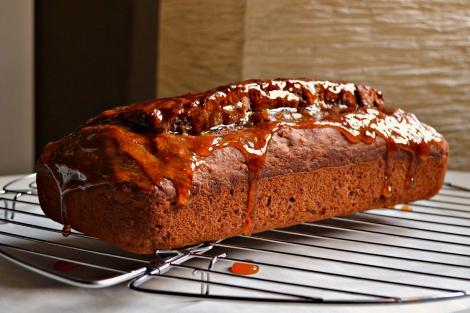 Spice Loaf with Sticky Maple Glaze (DSC_0880)